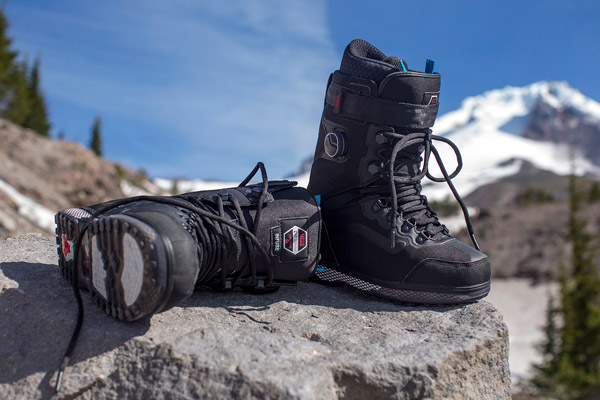 9c5b3fa4 В этой статье мы разберемся из какого материала должна быть внутренняя и  внешняя часть отделки, и узнаем больше про подошву и шнуровку. Выбор  ботинок для ...